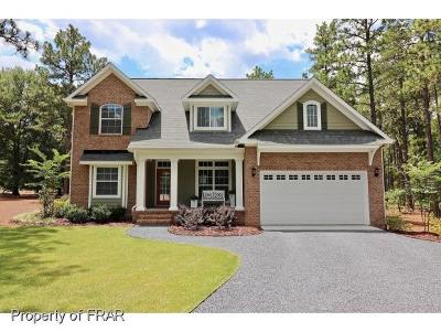 Southern Pines Single Family Home For Sale: 3 Scots Glen Dr
