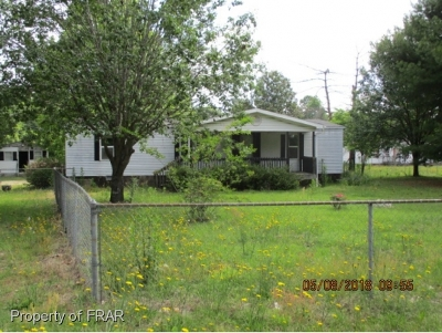 Robeson County Single Family Home For Sale: 95 Martin Road