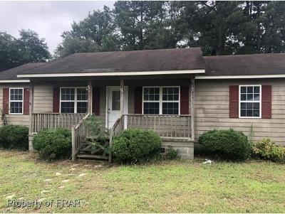 Raeford NC Single Family Home For Sale: $42,500