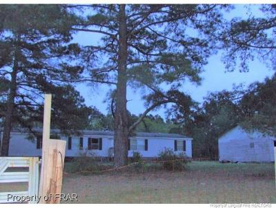 Raeford NC Single Family Home For Sale: $59,000