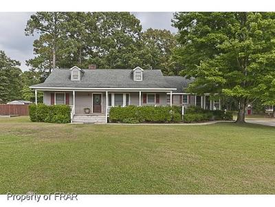 Hope Mills NC Single Family Home For Sale: $196,500