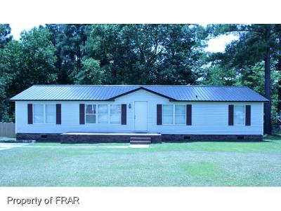 Raeford NC Single Family Home For Sale: $62,500