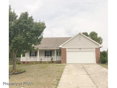 Hope Mills Single Family Home For Sale: 4410 Pensacola