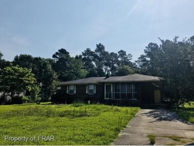 Robeson County Single Family Home For Sale: 4204 Daniel McLeod Road #1