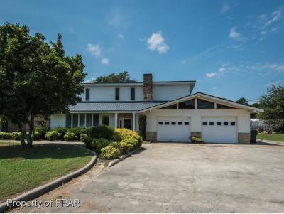 Lillington Single Family Home For Sale: 2002 S Elm Avenue