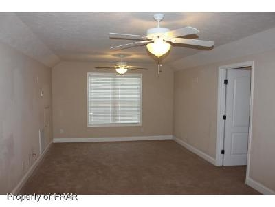 Fayetteville Single Family Home For Sale: 6029 Green Way Drive #121