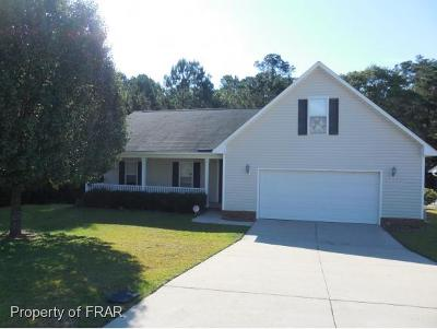 Hope Mills Single Family Home For Sale: 4315 Clifton Drive