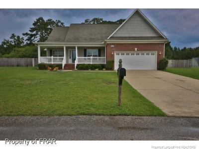 Raeford Single Family Home For Sale: 196 Allegiance Drive