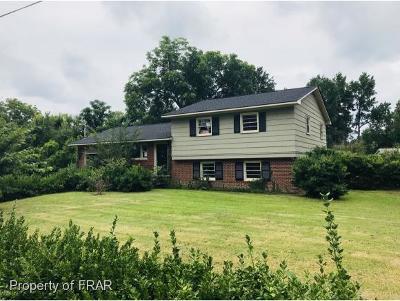 Fayetteville Single Family Home For Sale: 6509 Saint Louis