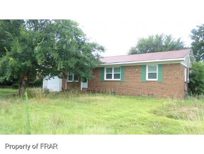 Fayetteville Single Family Home For Sale: 6242 Lansford Dr