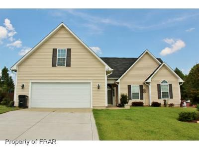 Raeford NC Single Family Home For Sale: $155,500