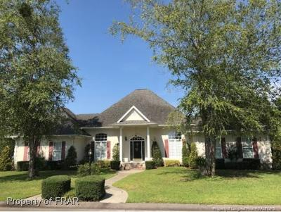 Fayetteville Single Family Home For Sale: 3941 W Bent Grass Drive