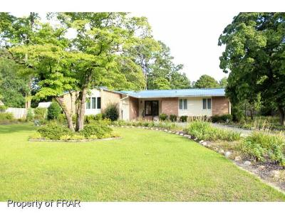 Hope Mills Single Family Home For Sale: 109 Bledsoe St #25