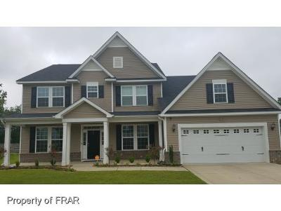 Raeford Single Family Home For Sale: 207 Wedgefield Drive #6