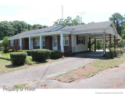 Hope Mills Single Family Home For Sale: 6033 Us Highway 301