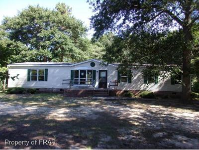 Sampson County Single Family Home For Sale: 1531 Laurel Lake Road