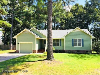 Raeford Single Family Home For Sale: 146 Greentree Drive
