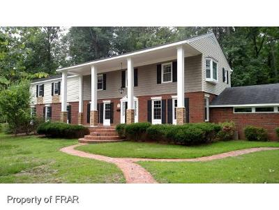Fayetteville Single Family Home For Sale: 1945 Forest Hills Dr