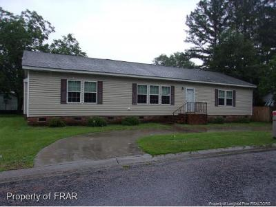 Robeson County Single Family Home For Sale: 303 Birch Street