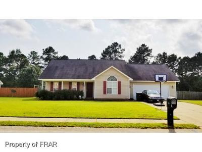 Raeford NC Single Family Home For Sale: $132,555