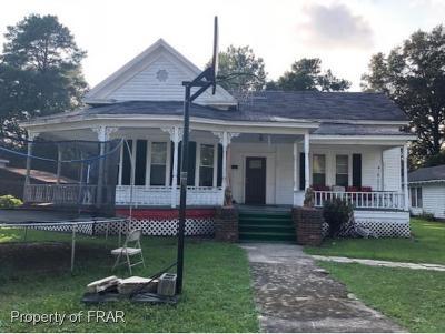 Red Springs Single Family Home For Sale: 107 Church St