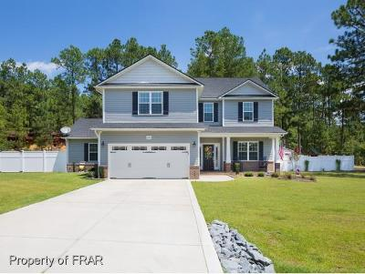Fayetteville Single Family Home For Sale: 2441 Lakeview Dr