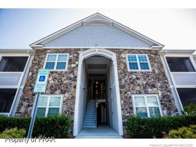 Harnett County Single Family Home For Sale: 291 Gallery Dr #104