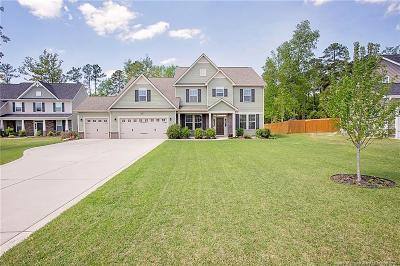 Fayetteville Single Family Home For Sale: 3316 Amour Drive