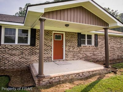 Robeson County Single Family Home For Sale: 1880 Biggs Rd