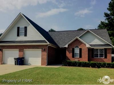 Raeford Single Family Home For Sale: 168 Windemere Ct