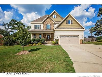 Fayetteville Single Family Home For Sale: 3201 Dove Hunter Circle