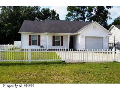 Hope Mills NC Single Family Home For Sale: $97,500