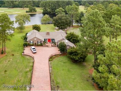 Sampson County Single Family Home For Sale: 1315 Country Club Road