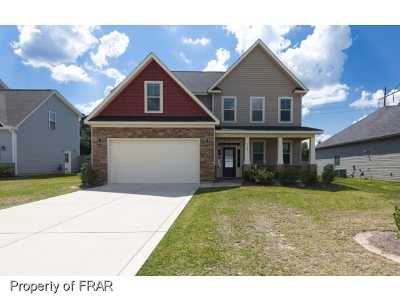 Fayetteville Single Family Home For Sale: 3120 Elgin Drive #93