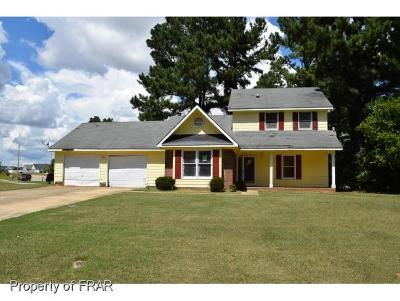 Fayetteville Single Family Home For Sale: 505 Old Farm Rd