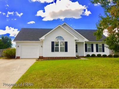 Raeford NC Single Family Home For Sale: $109,000