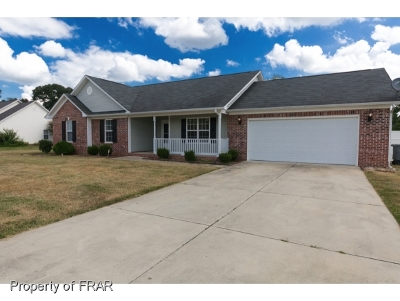 Raeford NC Single Family Home For Sale: $165,000