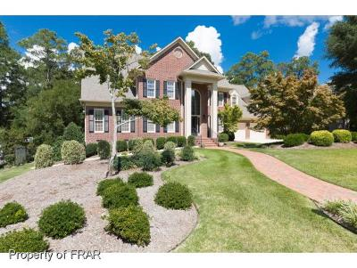 Fayetteville Single Family Home For Sale: 159 S Churchill Drive