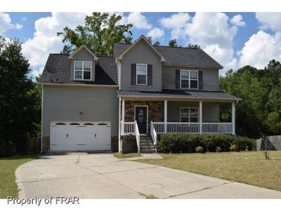Raeford NC Single Family Home For Sale: $140,250
