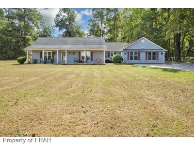 Parkton Single Family Home For Sale: 6365 Us Hwy 301