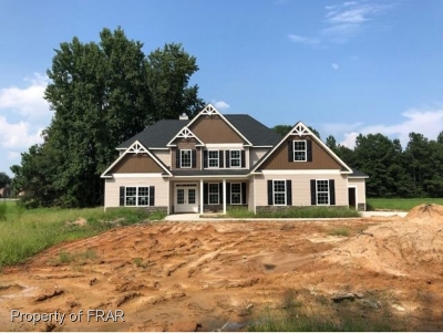 Raeford Single Family Home For Sale: 1572 Golf Course Road #4