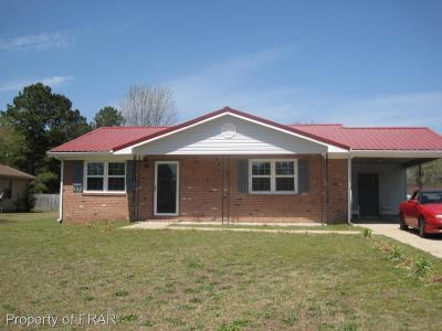 Hope Mills NC Single Family Home For Sale: $93,450