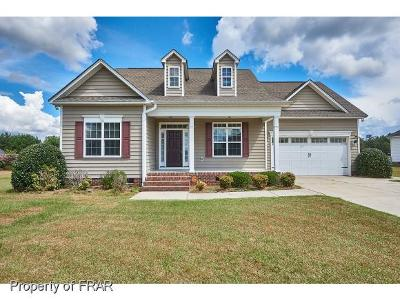 Hope Mills NC Single Family Home For Sale: $198,000