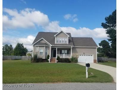 Lillington Single Family Home For Sale: 106 Marvin Ferguson Drive