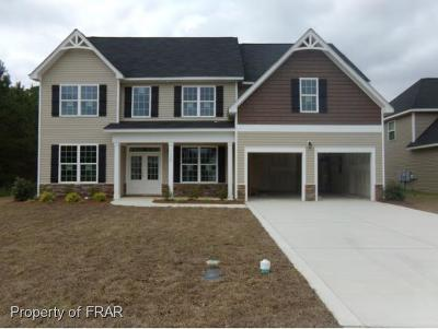 Fayetteville Single Family Home For Sale: 1912 Carriage House Lane #159