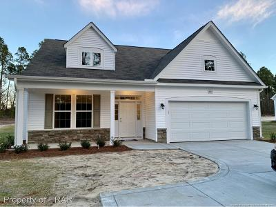 Raeford Single Family Home For Sale: 865 Montrose Road