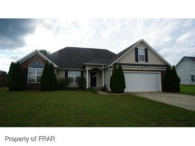 Raeford NC Single Family Home For Sale: $127,450