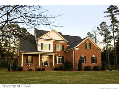 Robeson County Single Family Home For Sale: 5110 Pin Oak Drive