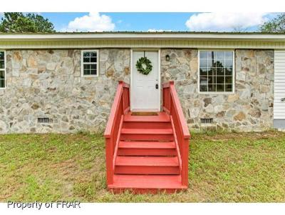 Moore County Single Family Home For Sale: 145 Bege Lane