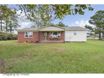 Hope Mills Single Family Home For Sale: 6849 Roslin Farm Road